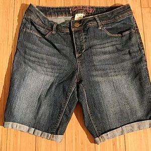 Faded Glory Bermuda Jeans